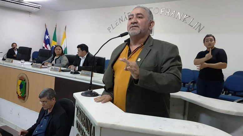 """Resultado de imagem para """"Se não derrubarmos esse decreto, esta casa tem que deixar de existir"""", disse José Carlos"""
